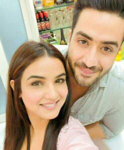 ali goni and Girlfriend Jashmin bhasin