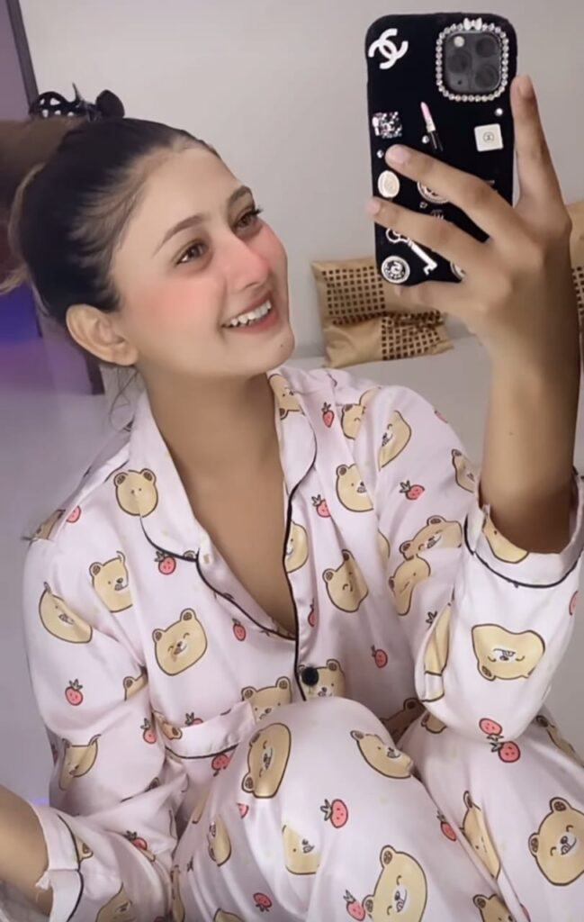 Sana Eslam Khan (Tiktok) Biography, Age, Height, Husband, Income & Pic