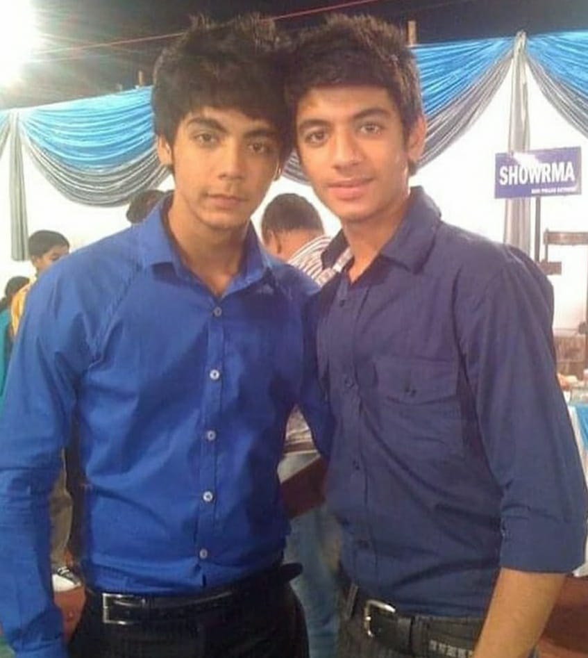 Shayan Siddiqui childhood pic and friend danish khan