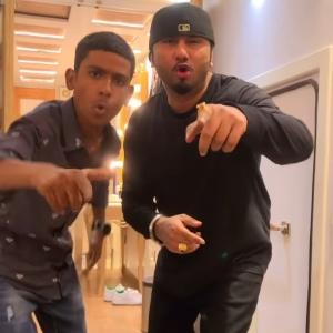 Superstar dewasi with Honey Singh