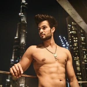 Shadan Farooqui (Saddu 07) Body pic