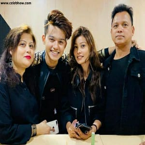 Riza Afreen family and father